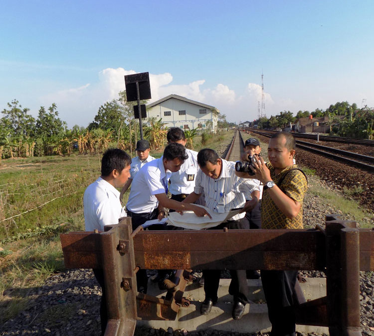 Observasi Aset Jalur Nonaktif Bareng KAI Daop 3 Cirebon